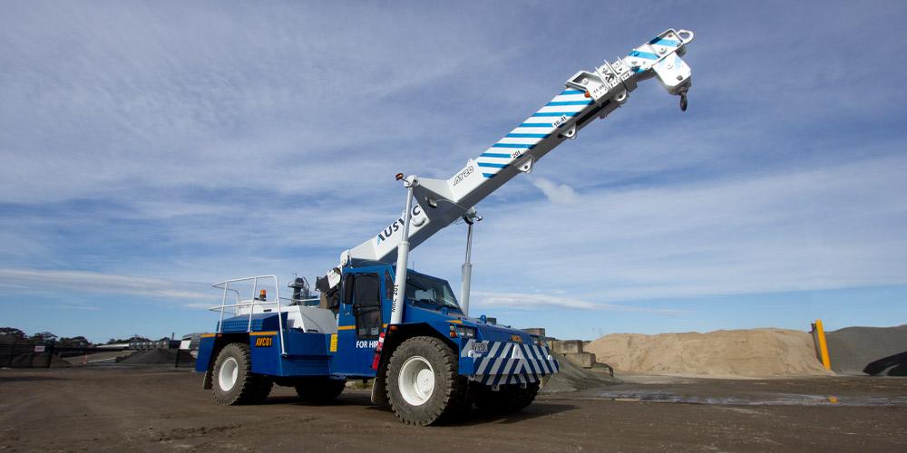 Ausvic crane for hire